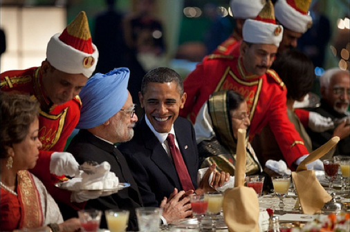 President Barack Obama and Prime Minister Manmohan Singh chat during the State Dinner at Rashtrapati Bhavan, the presidential palace, in New Dehli on November 8, 2010. (Photo: White House/Pete Souza)