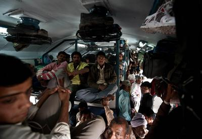 TOPSHOTS-INDIA-ECONOMY-BUDGET-RAIL