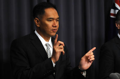 Indonesian Trade Minister Gita Wirjawan speaking during a press conference at Parliament House in Canberra on 12 October 2012. At the WTO Mini Ministerial Meeting of Trade Ministers held on 26 January 2013, he affirmed that Indonesia will help produce an agreement that can regain the world's trust in the multilateral trade system. (Photo: AAP)