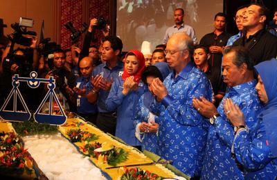 Malaysia media reforms take one step forward, two steps back