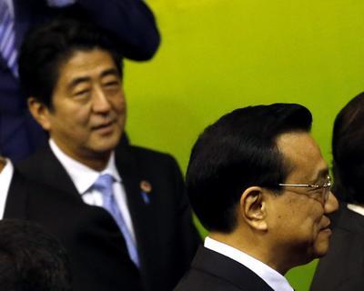 Abe's Chinese diplomacy déjà vu
