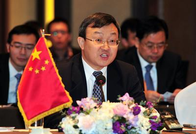 China debates the TPP