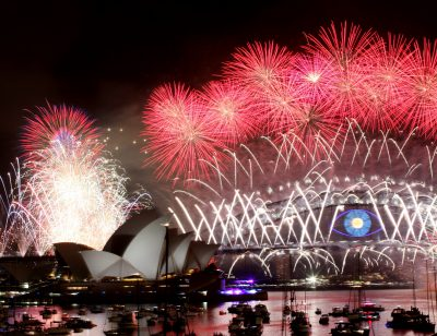 New Year's Eve Fireworks on Sydney Harbour at Mrs Macquarie's Chair in Sydney, Wednesday, Jan. 1, 2014.  (Photo: AAP)