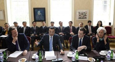 Britain's Prime Minister David Cameron Chinese Premier Li Keqiang, Britain's Chancellor of the Exchequer George Osborne and IMF Manager Director Christine Lagarde during a global economic round table discussion in Downing Street, London, Britain, 17 June 2014. (Photo: AAP)