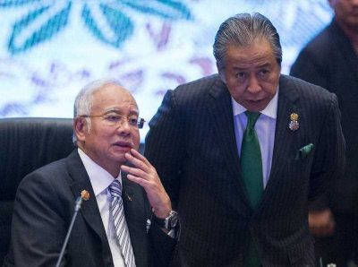 Malaysian Prime Minister Najib Razak and Foreign Minister Anifah Aman during the plenary session of the ASEAN summit in Kuala Lumpur, Malaysia, 21 November 2015. (Photo: AAP).