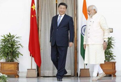 Chinese President Xi Jinping with Indian prime minster Narendra Modi in New Delhi, 18 September 2014. (Photo: AAP)