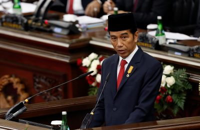 Indonesia's President Joko Widodo delivers a speech in front of parliament members at the House of Representative building in Jakarta, Indonesia, 16 August 2016. (Photo: Reuters)