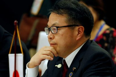 Japan's Trade Minister Hiroshige Seko attends the 3rd Inter-sessional Regional Comprehensive Economic Partnership (RCEP) Ministerial Meeting in Hanoi, Vietnam, 22 May 2017 (Photo: Reuters/Kham).