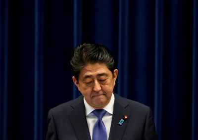 Japan's Prime Minister Shinzo Abe attends a news conference to announce snap election at his official residence in Tokyo, Japan on 25 September 2017. (Photo: Reuters/Toru Hanai.)