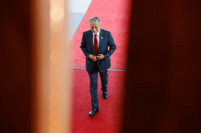 Malaysia's Prime Minister Mahathir Mohamad arrives at APEC Haus, during the APEC Summit in Port Moresby, Papua New Guinea, 18 November 2018 (Photo: Reuters/David Gray).