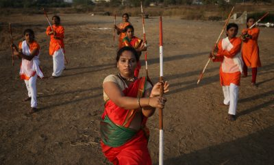 Women practice Shivkalin Yudha Kala, a Maharashtrian martial art, on the eve of International Women's Day at a ground on the outskirts of Mumbai, India, 7 March 2019 (Photo: Reuters/Francis Mascarenhas).