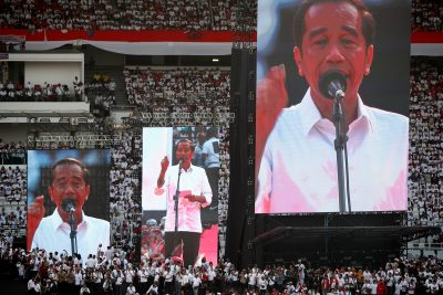 Indonesia's President Joko Widodo addresses supporters at a rally at Gelora Bung Karno Stadium in Jakarta, Indonesia, 13 April 2019 (Photo: Reuters/Edgar Su).