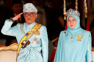 Malaysia's new King Sultan Abdullah Sultan Ahmad Shah and Queen Tunku Azizah Aminah Maimunah attend a welcoming ceremony at the Parliament House in Kuala Lumpur, Malaysia, 31 January 2019 (Photo: Reuters/Lai Seng Sin).