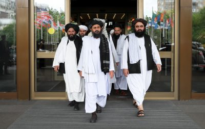 Members of a Taliban delegation, led by chief negotiator Mullah Abdul Ghani Baradar (C, front), leave after peace talks with Afghan senior politicians in Moscow, Russia 30 May 2019. (Photo: Reuters/Evgenia Novozhenina).
