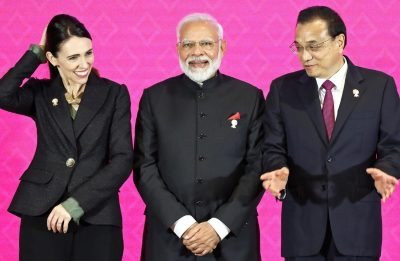 New Zealand's Prime Minister Jacinda Ardern, India's Prime Minister Narendra Modi, and Chinese Premier Li Keqiang attend the 3rd Regional Comprehensive Economic Partnership (RCEP) summit in Bangkok, Thailand, 4 November 2019 (Photo: Reuters/Athit Perawongmetha).