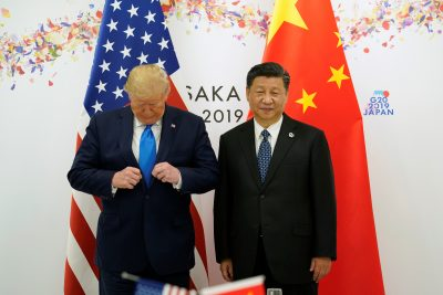 US President Donald Trump and China's President Xi Jinping pose for a photo ahead of their bilateral meeting during the G20 leaders summit in Osaka, Japan, 29 June, 2019 (Photo: Reuters/Lamarque).