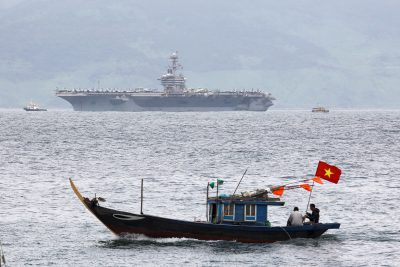 The USS Theodore Roosevelt (CVN-71) is seen while entering the port in Da Nang, Vietnam, 5 March 2020 (Photo: Reuters/Kham).