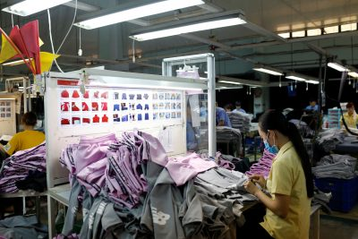 A woman works at a garment assembly line of Thanh Cong textile, garment, investment and trading company in Ho Chi Minh city, Vietnam 9 July, 2019 (Photo: Reuters/Yen Duong).