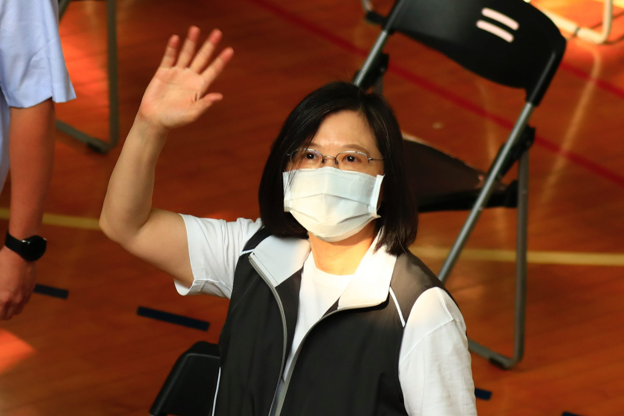 Taiwan's COVID-19 vaccine struggles